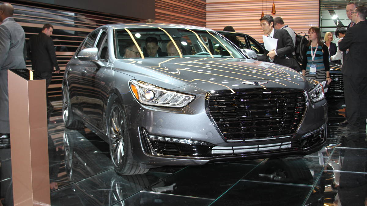 Luxury Cars At Detroit Auto Show