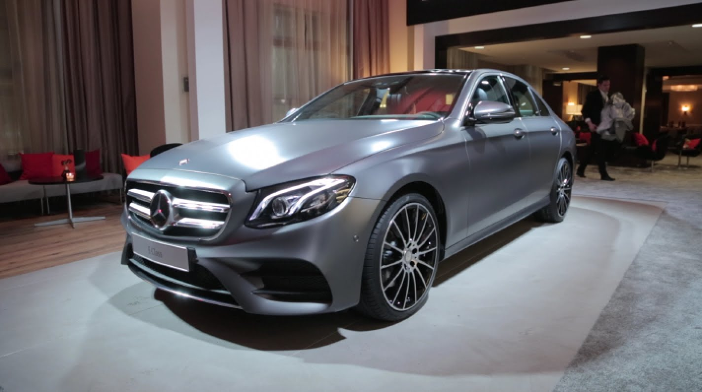 Luxury Cars At Detroit Auto Show