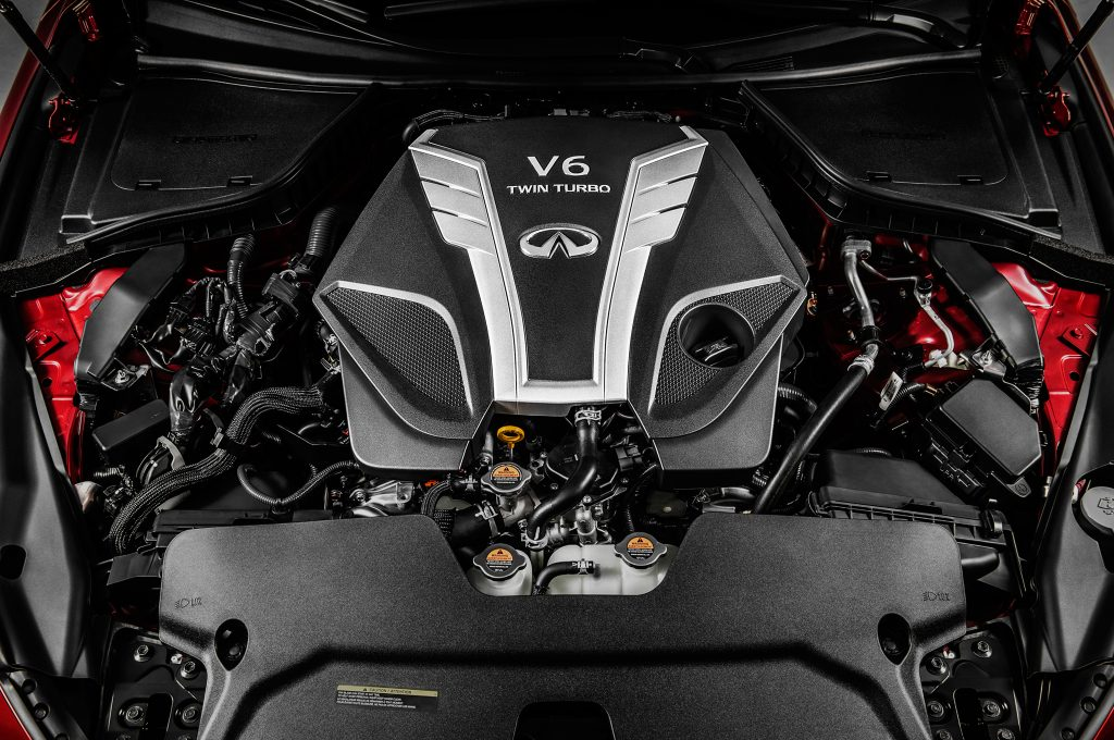2016-Infiniti-Q50-V-6-twin-turbo-engine