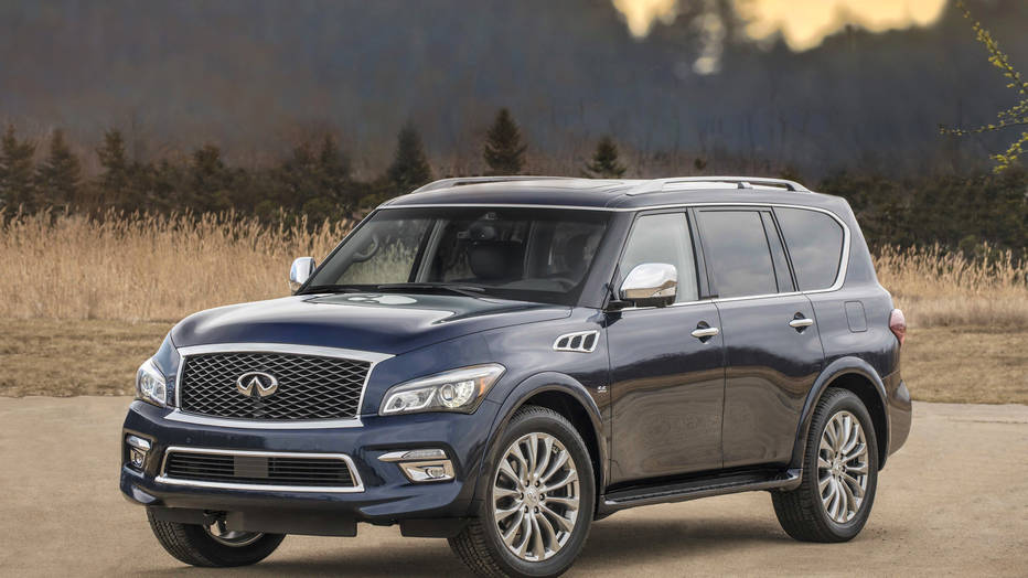The Infiniti QX80 offers a fresh new exterior design and a more crafted interior for 2015, plus additional standard features and technology, bringing InfinitiÕs premium full-size luxury SUV closer in look and feel to the dramatic new Infiniti Q50 sports sedan.