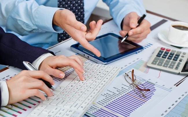 انجام پایان نامه مدیریت مالی و سمینار پروپوزال مقاله تحقیق و پروژه های دانشجویی مدیریت مالی