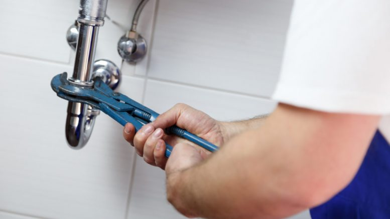 5 Plumbing Myths that causes your money to go down the drain