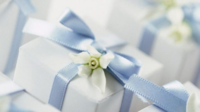 top 10 wedding gift ideas for your sister